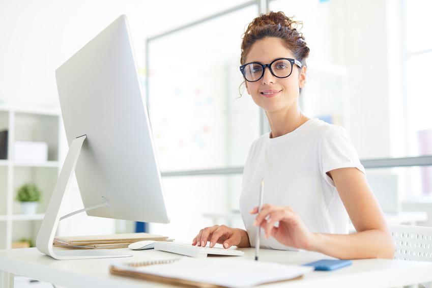 Tätigkeit einer Social Media-Managerin kann sozialversicherungsfrei sein