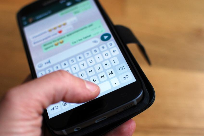WhatsApp-Nachrichten im engsten Familienkreis unterfallen